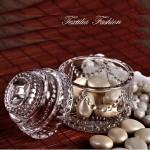 Буркан декоративен кръгъл със стъклена капачка за куфети и сладки