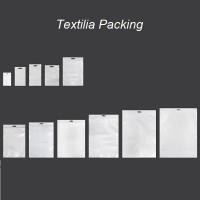 Пликове пластмасови с цип,бял гръб и прозрачни отпред,с дупка eurohole