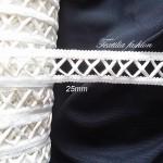 Ширит за дамска конфекция 25 mm